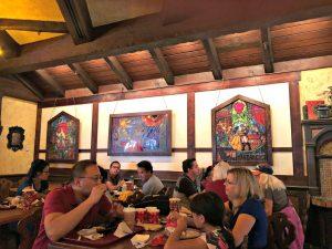 fantasyland dining